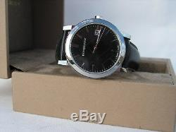 Burberry The City Leather Classic Round Check Dial Dress watch Style BU9009