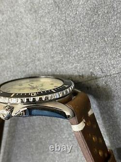 Vintage TAG HEUER 1000 Lume Dial 980.113 Submariner Style Night Diver Watch
